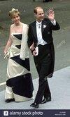 dpa-sophie-y-prince-edward-de-wessex-llegar-para-la-ceremonia-de-la-boda-en-la-catedral-de-nid...jpg