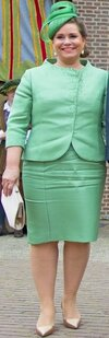 grand-duchess-maria-teresa_grand-duke-henri_hats_anniversary_autox500@1.5x.jpg