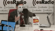 feredico-jimenez-losantos-usando-una-mascarilla-en-su-programa-en-esradio.png