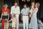 August-1986-Princess-Diana-sported-stripes-Palma-de-Mallorca.jpg