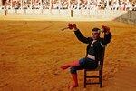 Morante-sentado-silla-plaza-toros-750x500.jpg