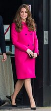 17-kate-middleton-pregnancy-outfit-h724.jpg