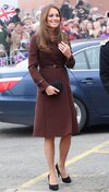 o-KATE-MIDDLETON-GRIMSBY-570.jpg