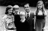 king-constantine-ii_queen-anne-marie_special-occasions_family-life--h=500.jpg