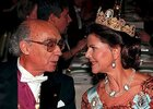 Saramago e a Rainha Silvia Queen no Banquete em Stockholm foto de Claudio Bresciani.jpg